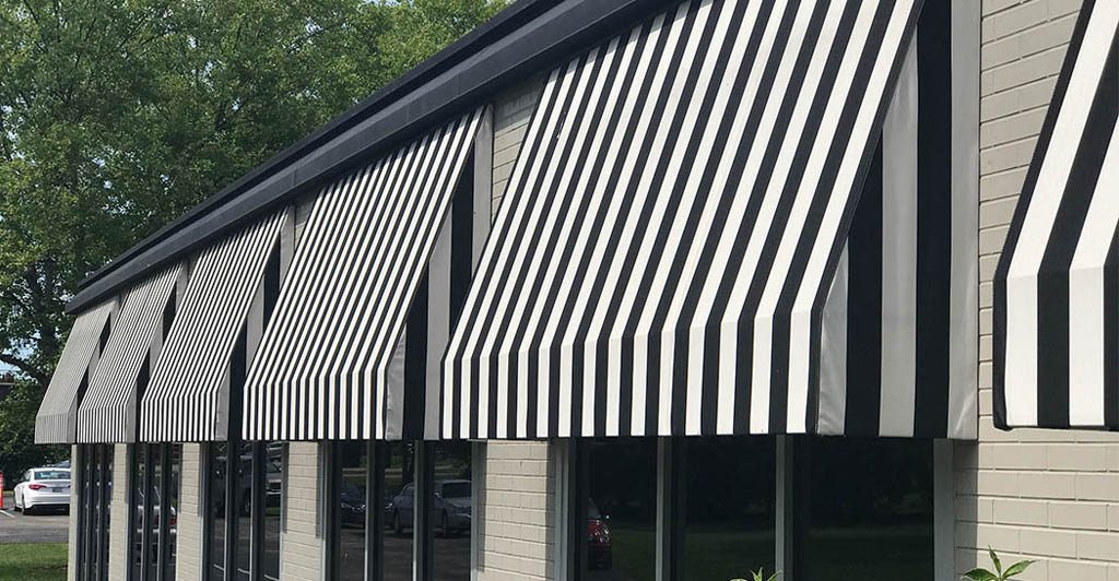 Awnings in Monza